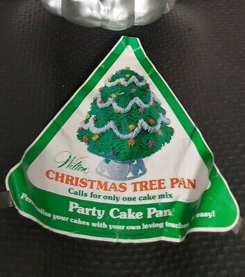 Wilton Novelty Cake Tin - 3d Christmas Tree - Xmas Celebration  • 20£