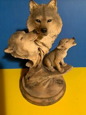 $67.99 • Buy Family Song Mill Creek Studios Wolf Sculpture  Soo Cute   8 Inches Tall