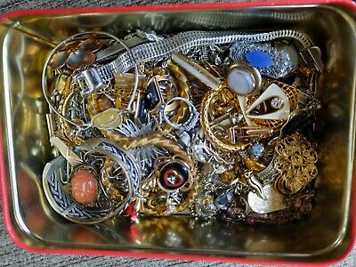 $ CDN9.15 • Buy Vintage Lot  Estate And Costume Jewelry  And Nice  Tin , Junk Drawer  Lot