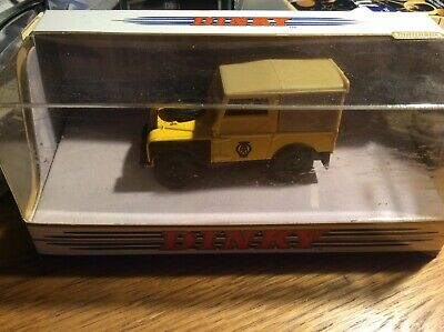 MATCHBOX DINKY COLLECTION - DY9-B 1949 LAND ROVER 'AA' - SCALE 1:43 Christmas  • 10£