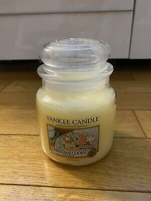 NEW Yankee Candle Christmas Cookie Medium Jar 411g Rare Scented 65-75 Burn Time. • 12.49£