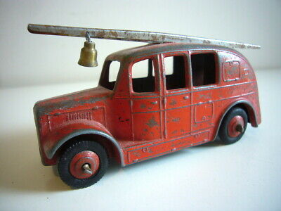 Dinky Toys: Fire Engine, Very Good Condition, Made In England • 4.20£