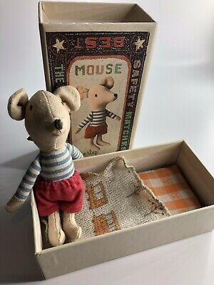 Lovely Boy Old Maileg Mouse In Shorts With Matchbox And Bedding VGC • 20.99£