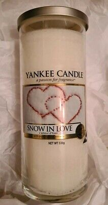 Yankee Candle Snow In Love Large Pillar 538g Christmas Rare • 32.99£
