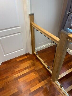 Child Stair Gate. ( American Light Oak ) With 8 Ml Toughened Glass Infill Panel • 65£
