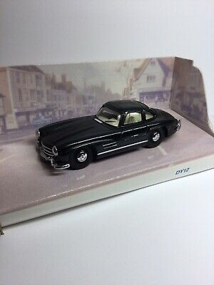The Matchbox Dinky Collection DY-12B 1955 Mercedes-Benz 300SL Gullwing • 10£