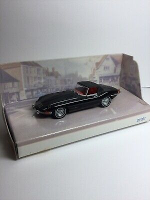 The Matchbox Dinky Collection DY001/C 1967 Jaguar E-Type Mk1.5 • 15£