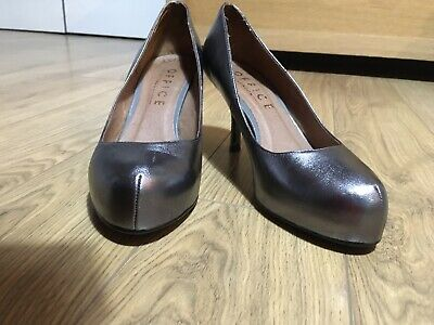 Pewter High Heel Shoes Size 6/39 • 10£