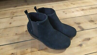Black Suede Crocs Boots UK 5 • 3.30£