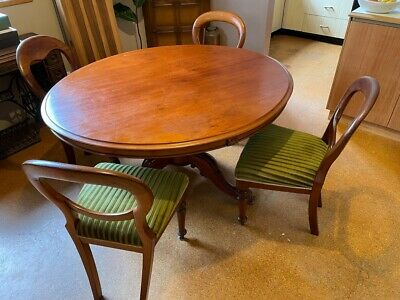 AU300 • Buy ANTIQUE CEDAR DINING TABLE With 4 CHAIRS