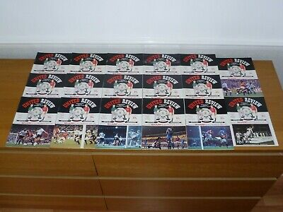 1990/91***10 Numbered Tokens Intact***20 Out 29 Manchester United Programmes • 12£