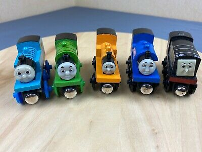 Thomas The Tank Engine - Unbranded Wooden Train Bundle - Percy, Diesel And More • 9.99£
