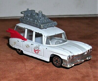 Vintage Ghostbusters 2 Ecto 1 1/64 Diecast Car 1989 Columbia Pictures Promo Toy • 7.23£