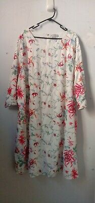 AU32 • Buy Asos Curve Size 24 Embroidered Floral Shift