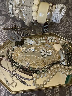 $ CDN17.67 • Buy Vintage To Now Mixed Jewelry Lot All Wearable, Some Signed.