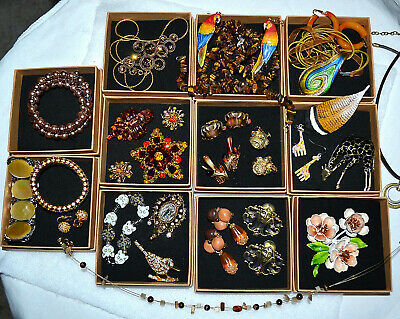 $ CDN94.04 • Buy Vintage Jewelry Lot, Rhinestone Brooch~bracelet~necklace~ears, Signed, Tiger Eye