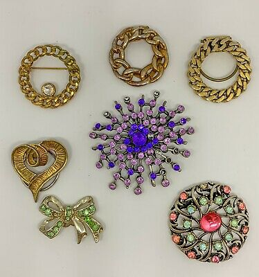 Job Lot Vintage Costume Jewellery. Vintage Brooches And Scarf Clips • 4.99£