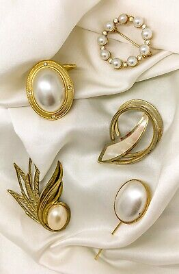 Vintage Costume Jewellery Lot. Vintage Brooches And Scarf Clip • 5.99£