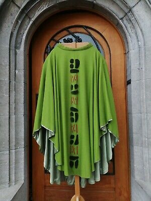 £75 • Buy Holland St Willibrods Priest Church Christian Vintage Green Vestment Chasuble