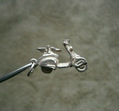 £6.99 • Buy Vintage Sterling Silver 2 Seater Lambretta Scooter Charm Pendant ~ 1.9g