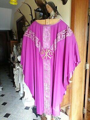£110 • Buy Antique Vintage Church Christian Priest Gold Tone Embroidered Vestment Chasuble