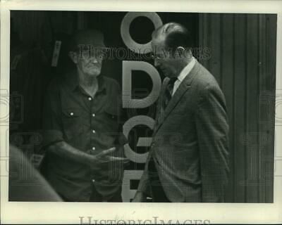 $ CDN24.25 • Buy 1981 Press Photo Barney Newvine - Tua09682