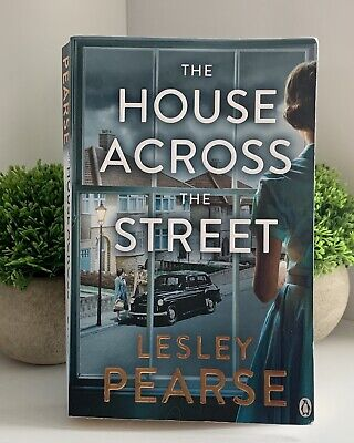 £3 • Buy The House Across The Street By Pearse (Paperback, 2019) Penguin Book Crime Thril