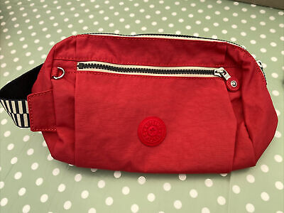 """£12.50 • Buy Kipling """"aniki"""" Red Toiletry Bag In Mint Condition"""