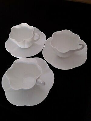 £18 • Buy Vintage Shelley Dainty White Bone China Tea Cups And Saucers.