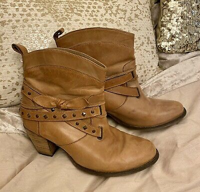 £9.99 • Buy Tan Leather Buckle Stud Boho Ankle Cowboy Style Boots 7 Red Herring