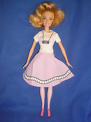 £4.99 • Buy Bend Leg Barbie Doll ~ Blonde With Pink Legs ~ Pretty  Retro Style Outfit