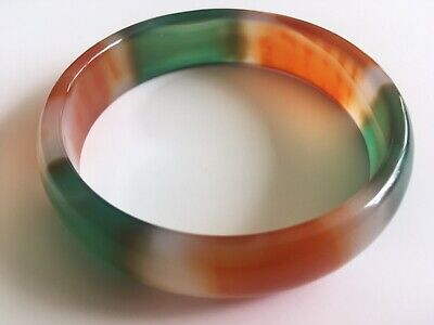 £10 • Buy RED & GREEN AGATE BANGLE - Approx 62mm Inside