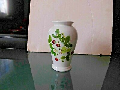 £6 • Buy Portmeirion Summer Strawberries Small Vase     Unboxed   As Shown