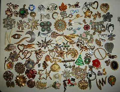 $ CDN56.03 • Buy Lot Of 100 Vintage Pins Brooches Some Signed Gold Tone Rhinestone Plastic More