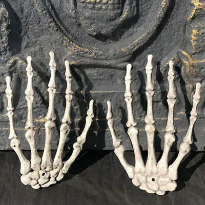 £5.04 • Buy 2x/1Pair Plastic Skeleton Hands Haunted House For Halloween Props Decoration  UO