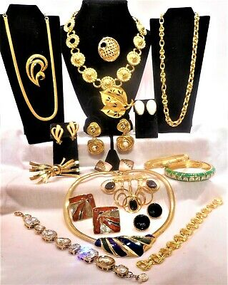 $ CDN32.37 • Buy FINE QUALITY HIGH END VINTAGE JEWELRY LOT Earrings Necklaces Brooches Bracelets