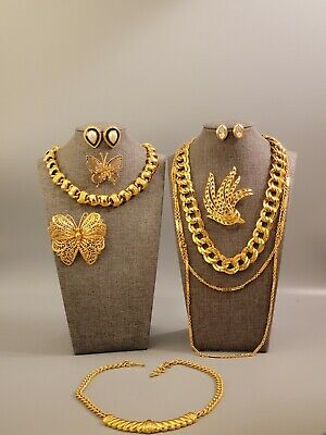 $ CDN20.54 • Buy All Signed MONET Vintage Lot Necklaces Brooches Earrings Clear Crystal Gold Tone