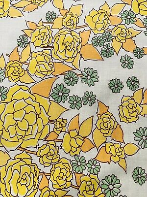 £6 • Buy Vintage 1970s Flower Sheet Fabric,  Ideal For Dress Making  , 103 Cm  By 134 Cm