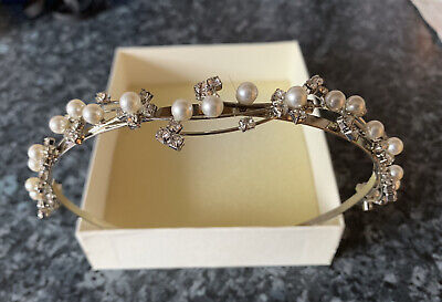£12.99 • Buy Lovely Tiara For Bride, Bridesmaid Or Similar Formal Event, Brand New In Box.