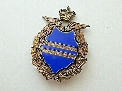 £8.50 • Buy RAF Senior Non-Commissioned Officer's Mess Dress Sleeve Rank Badge (Gaunt)
