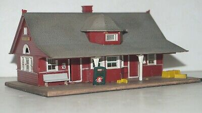 $ CDN32.36 • Buy Vintage HO Scale Model Train Building Accessory  PARLOR FLAT STORES GAS STATION