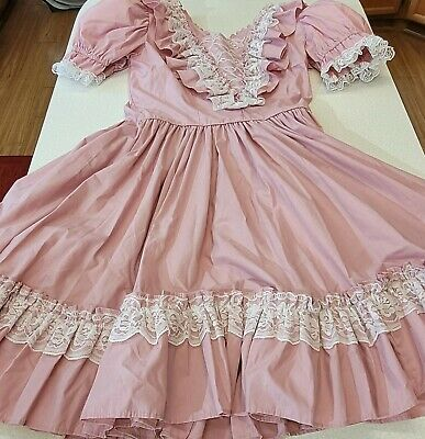 $68 • Buy Vintage Square Dance Dress, Pink Ruffles Lace, 14 (M) Farmhouse Made In Kentucky