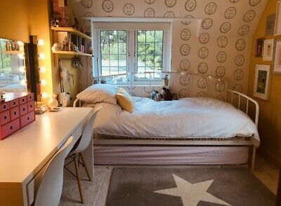 £150 • Buy IKEA Metal White Single Bed Frame + Trundle For Sleepovers
