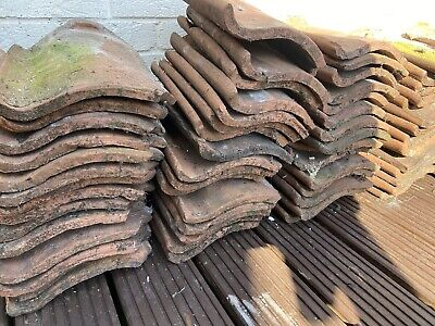 £1 • Buy Reclaimed Clay/Terracota Style Pantiles -  All Removed From The Same Roof