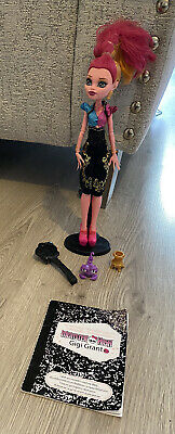 £10 • Buy Monster High Doll Gigi Grant With Stand Book & Pet In Vgc