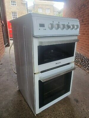 £90 • Buy Hotpoint HUE61PS Double Oven Electric Cooker - White