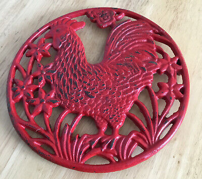 £3 • Buy Red Cast Iron Trivet/pot Stand