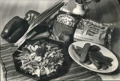 £10.08 • Buy 1989 Press Photo Tofu And Tempeh Are Basic Ingredients For Meatless Meals