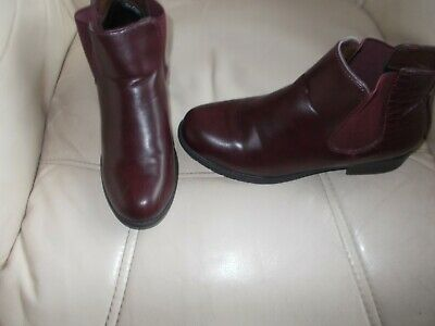 £3.99 • Buy Glossy    Chelsea  Boots In  Burgundy   -   Size  5  (38)