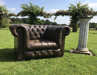 £450 • Buy Halo Vintage Brown Leather Button Seated Chesterfield Chair.